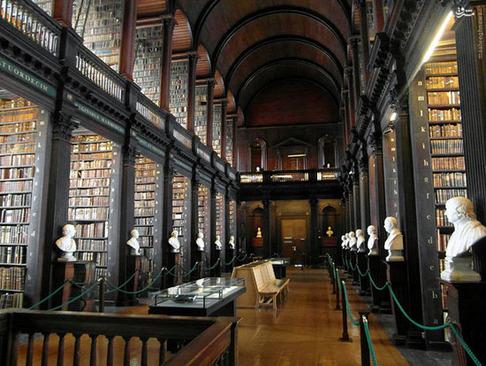 انتشارات او - کتابخانه 300 ساله دوبلین